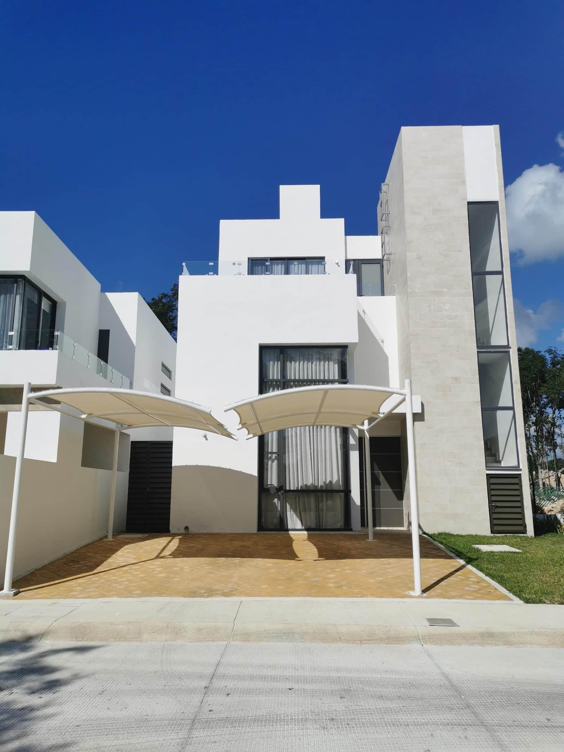 Casa Monaco en Venta Tres Recamaras Playa del Carmen